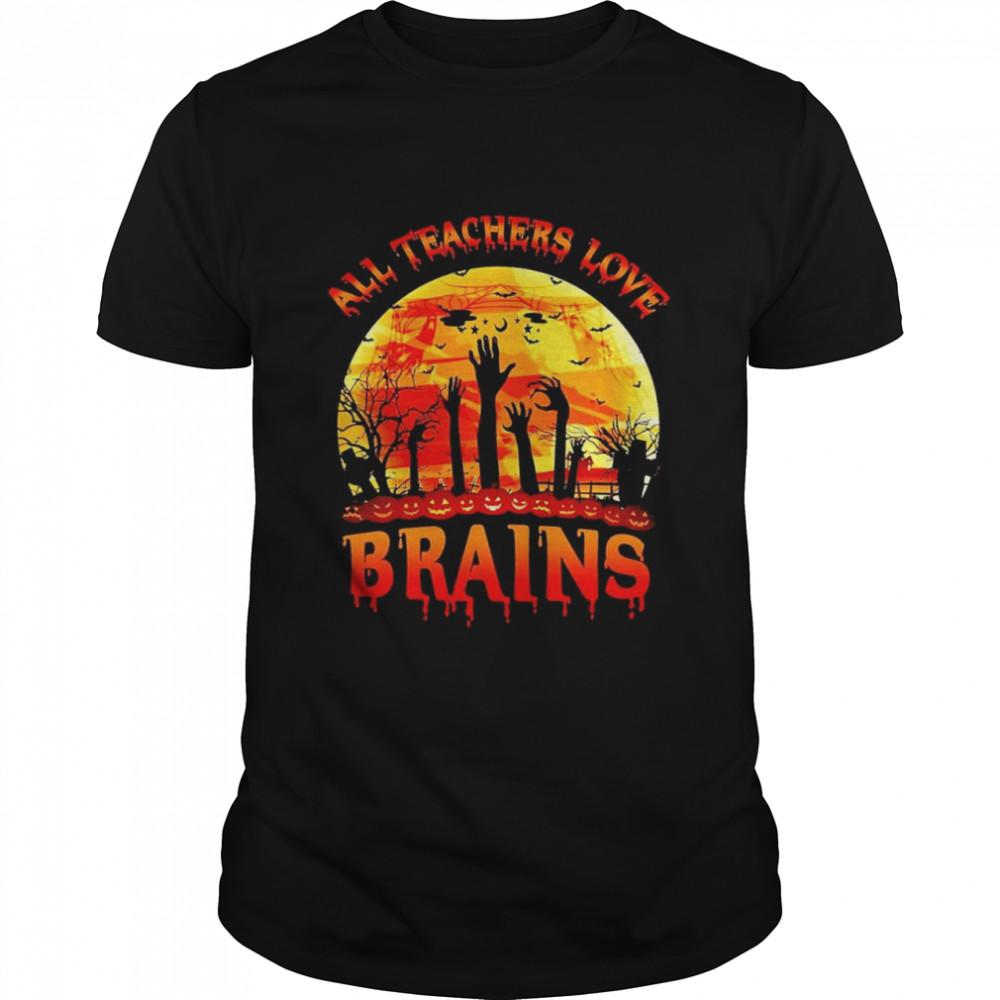 all teachers love brains halloween shirt Classic Men's T-shirt
